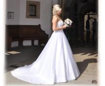 Svatba na hradě Bouzov